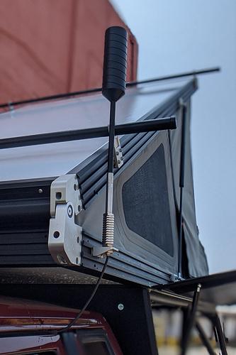 weboost-antenna-mounted